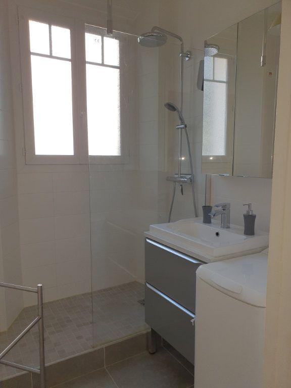 Appartement à louer 2 50.03m2 à Courbevoie vignette-7