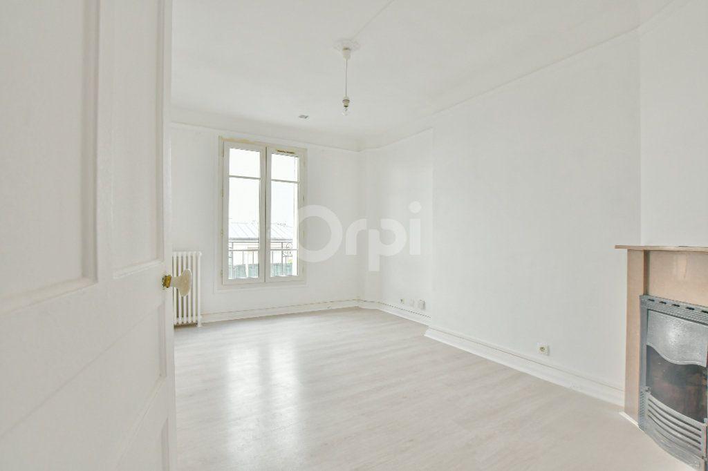Appartement à louer 2 59.24m2 à Courbevoie vignette-1