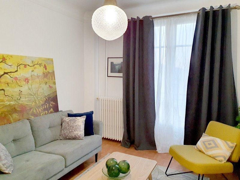 Appartement à louer 2 63m2 à Courbevoie vignette-2