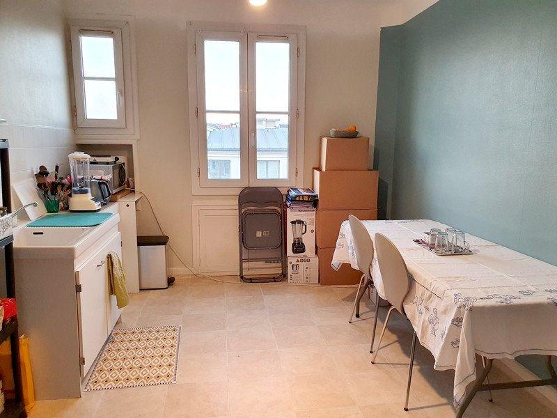 Appartement à louer 2 63m2 à Courbevoie vignette-3