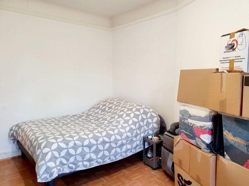 Appartement à louer 2 63m2 à Courbevoie vignette-5