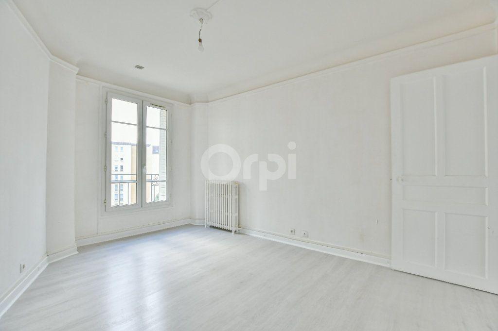 Appartement à louer 2 59.24m2 à Courbevoie vignette-6