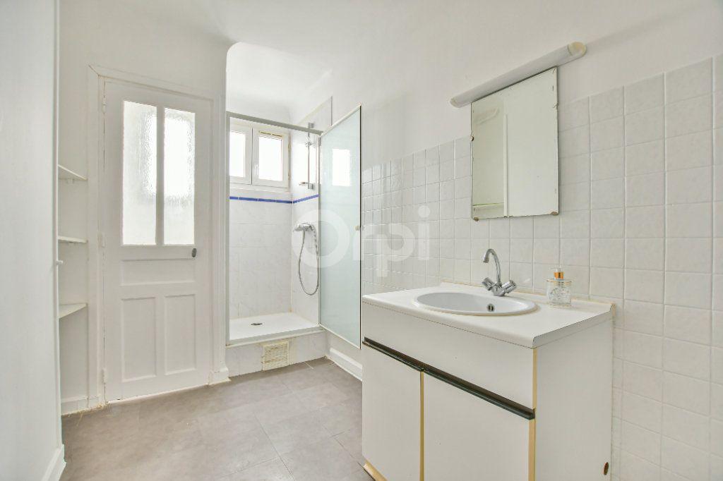 Appartement à louer 2 59.24m2 à Courbevoie vignette-7