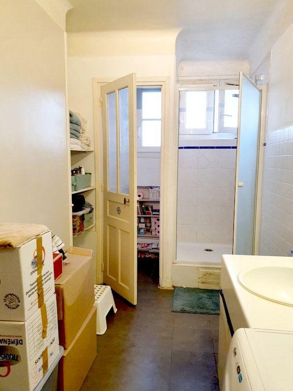 Appartement à louer 2 63m2 à Courbevoie vignette-8