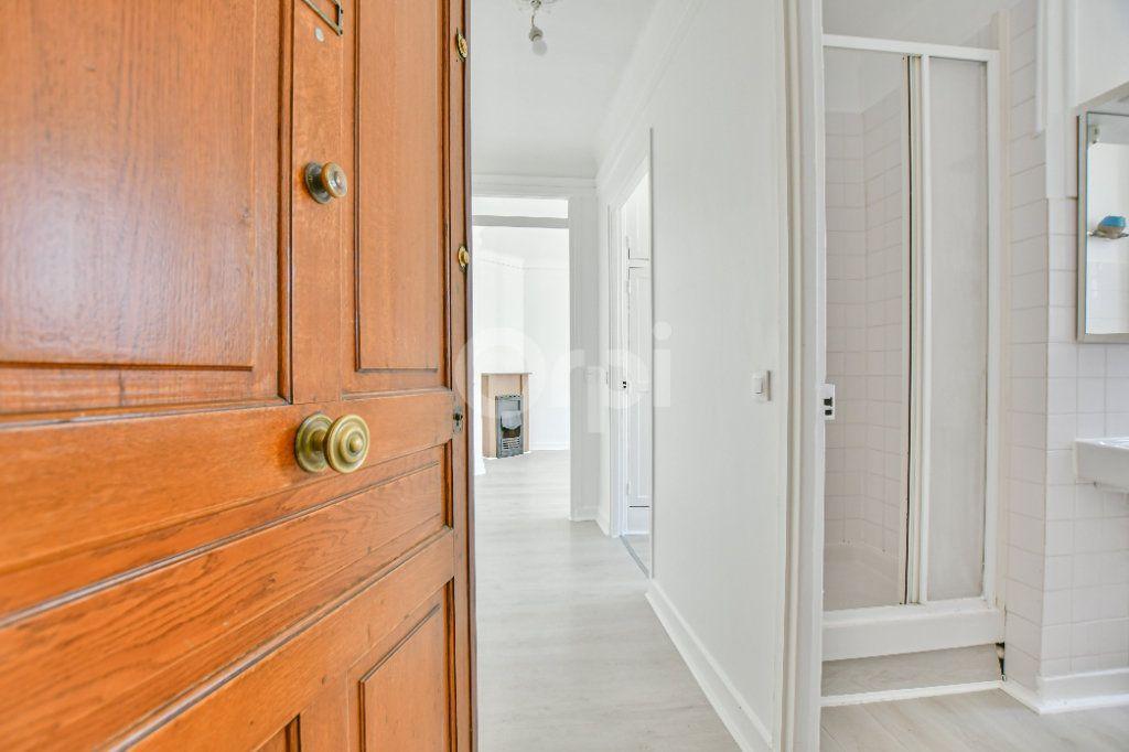 Appartement à louer 2 39.26m2 à Courbevoie vignette-1