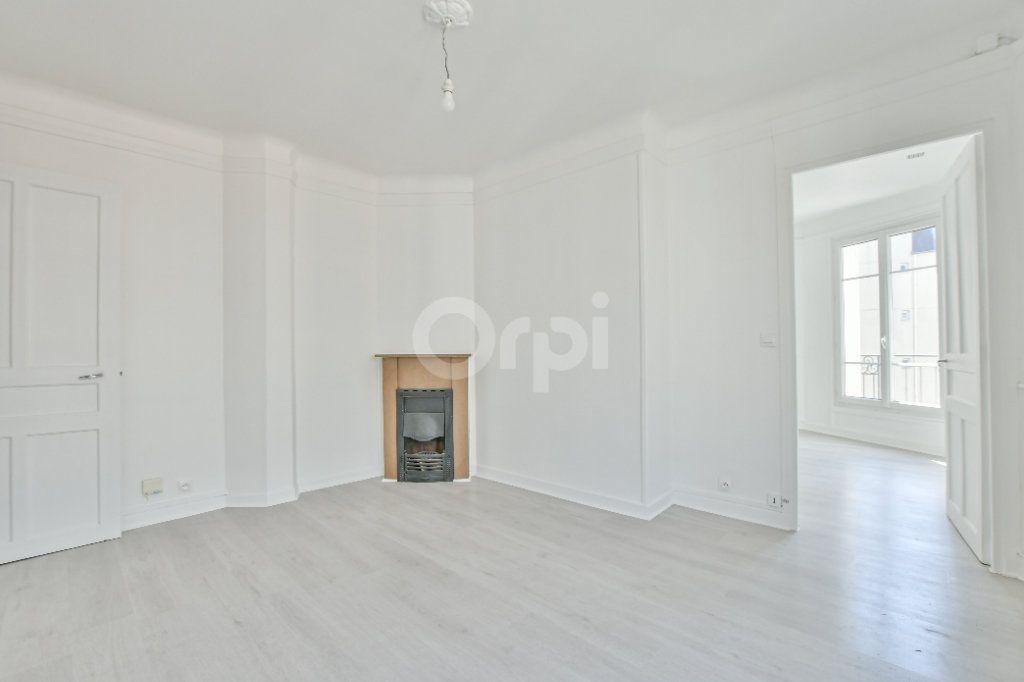 Appartement à louer 2 39.26m2 à Courbevoie vignette-3