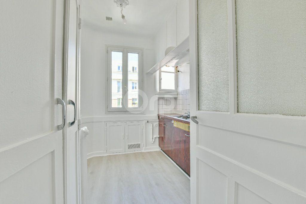 Appartement à louer 2 39.26m2 à Courbevoie vignette-7