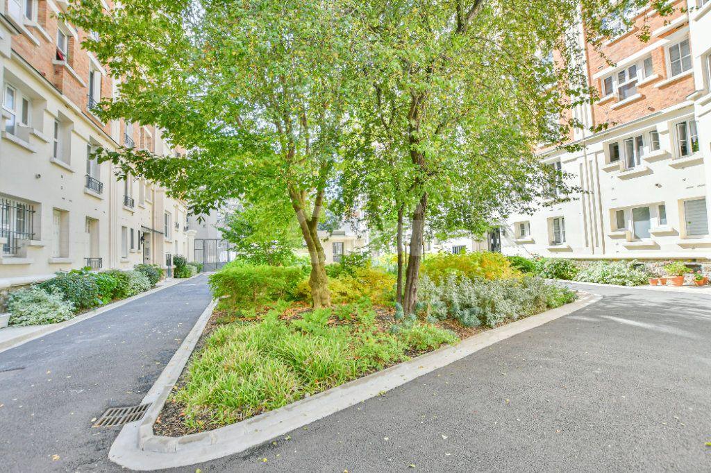 Appartement à louer 2 39.26m2 à Courbevoie vignette-11