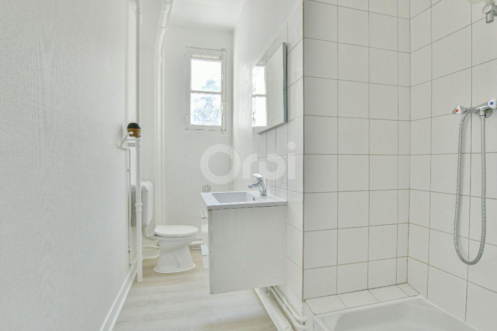 Appartement à louer 2 46.61m2 à Courbevoie vignette-7