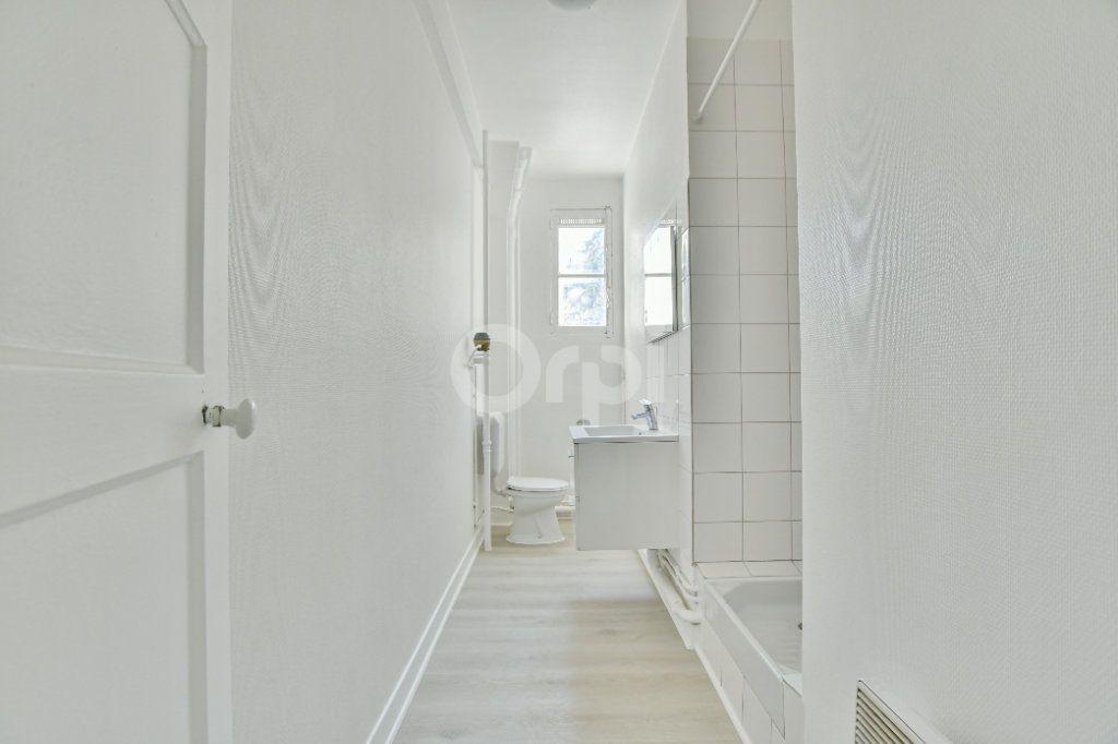 Appartement à louer 2 46.61m2 à Courbevoie vignette-8