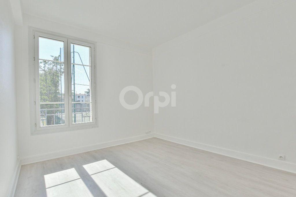 Appartement à louer 2 46.61m2 à Courbevoie vignette-10