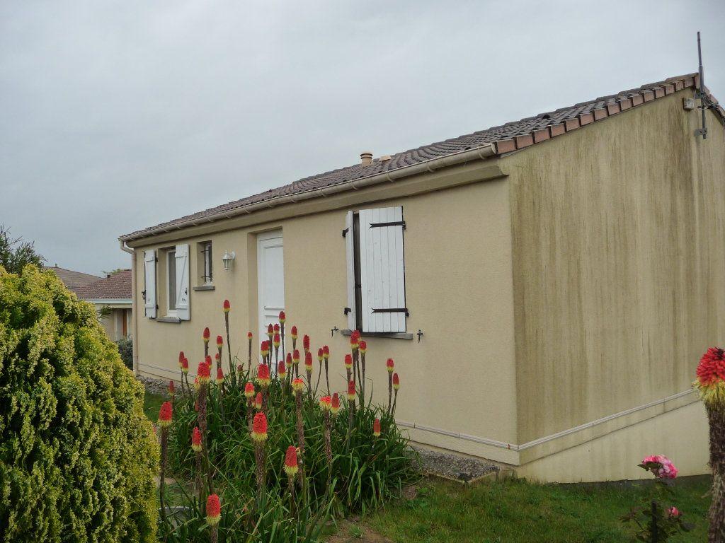 Maison à vendre 3 75m2 à Castelnaudary vignette-4