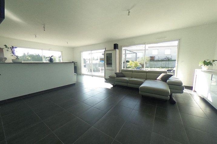 Maison à vendre 5 124m2 à Bram vignette-2