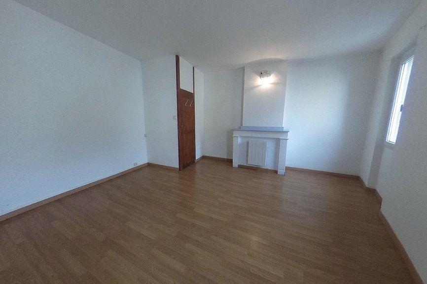 Immeuble à vendre 0 78m2 à Castelnaudary vignette-1