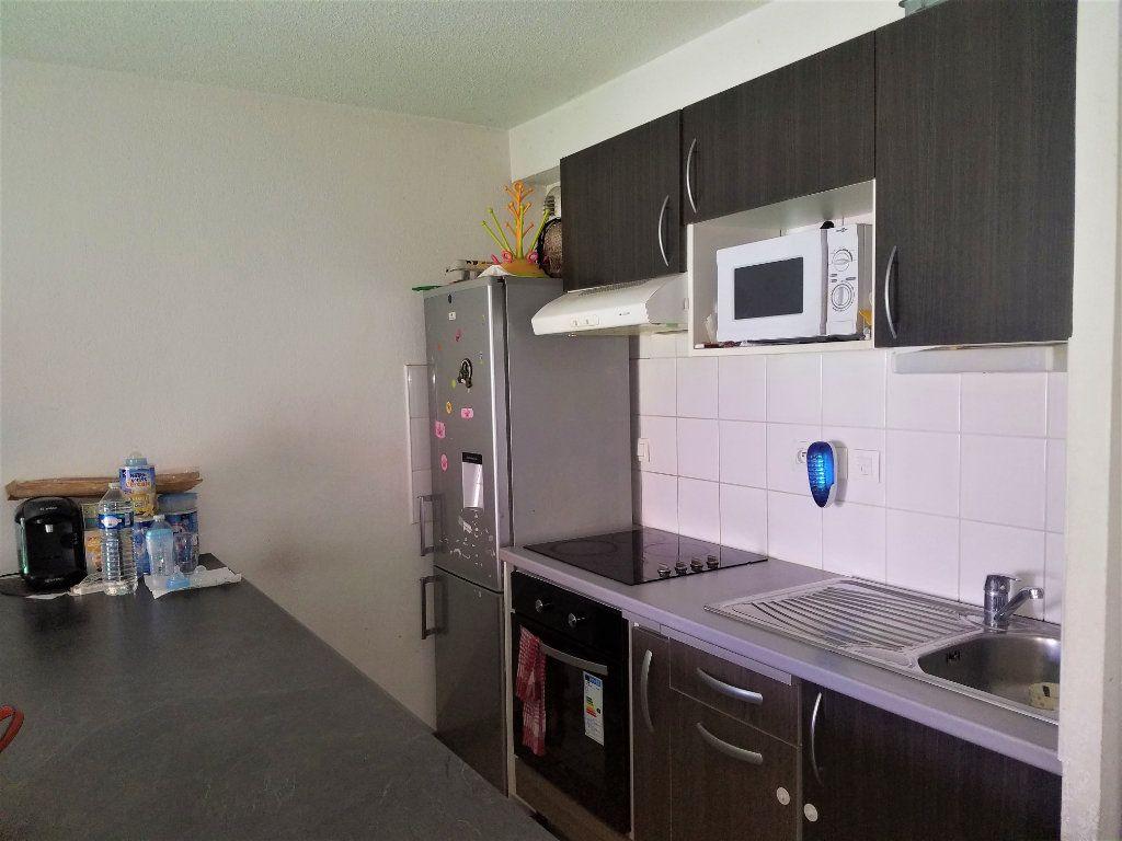 Appartement à vendre 3 62.84m2 à Toulouse vignette-3