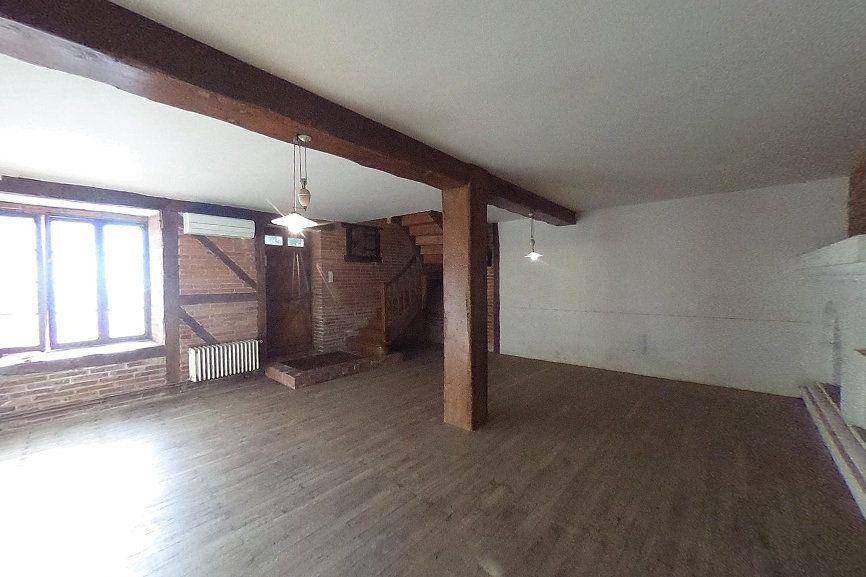 Maison à vendre 7 140m2 à Laurabuc vignette-1