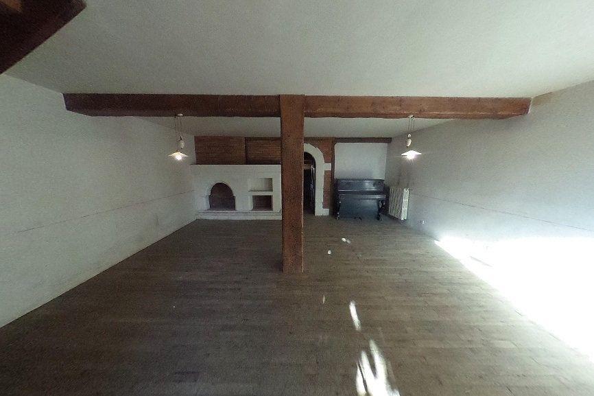 Maison à vendre 7 140m2 à Laurabuc vignette-3