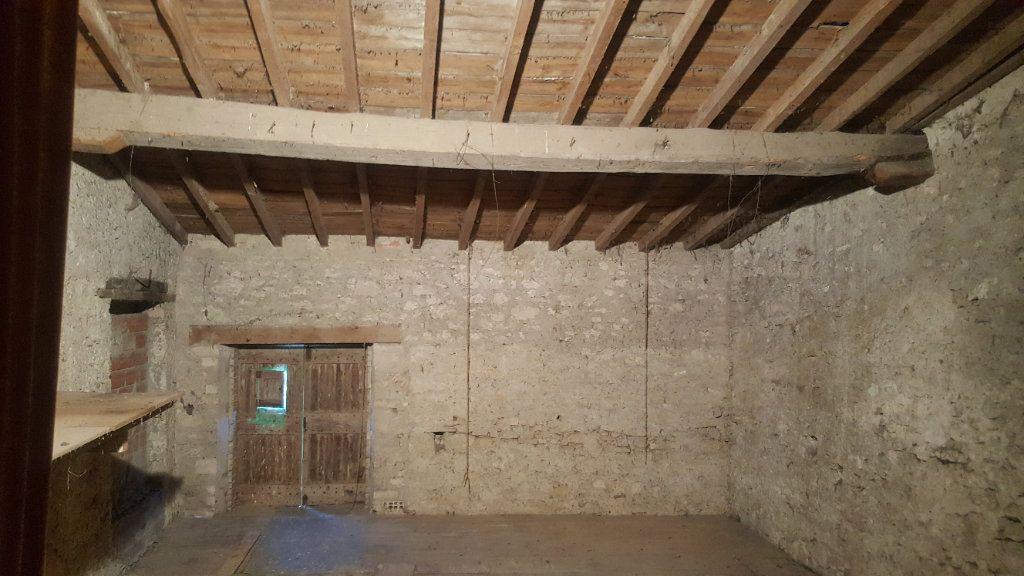 Maison à vendre 7 140m2 à Laurabuc vignette-4