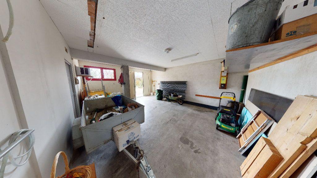 Maison à vendre 5 115m2 à Villeneuve-la-Comptal vignette-4