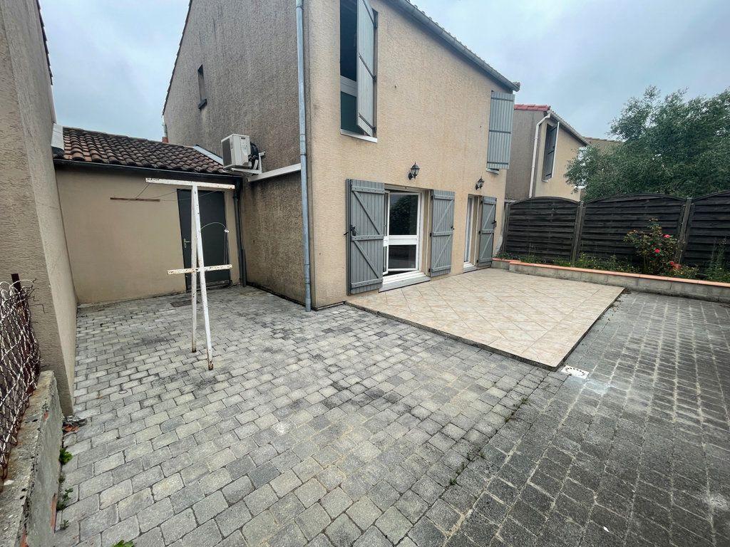 Maison à louer 5 100m2 à Castelnaudary vignette-1