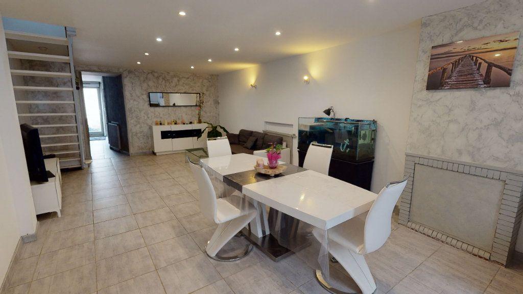 Maison à vendre 3 118m2 à Castelnaudary vignette-2