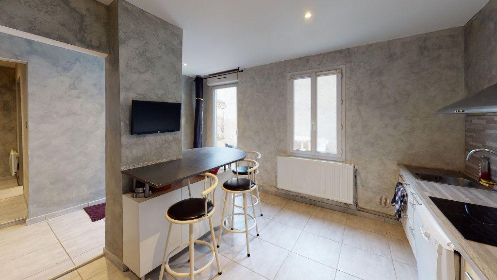 Maison à vendre 3 118m2 à Castelnaudary vignette-3