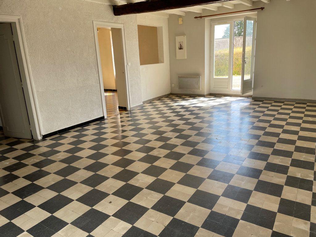 Maison à louer 5 141m2 à Peyrens vignette-2