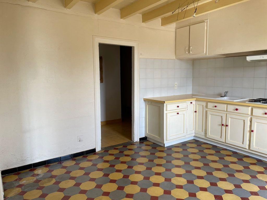 Maison à louer 5 141m2 à Peyrens vignette-4