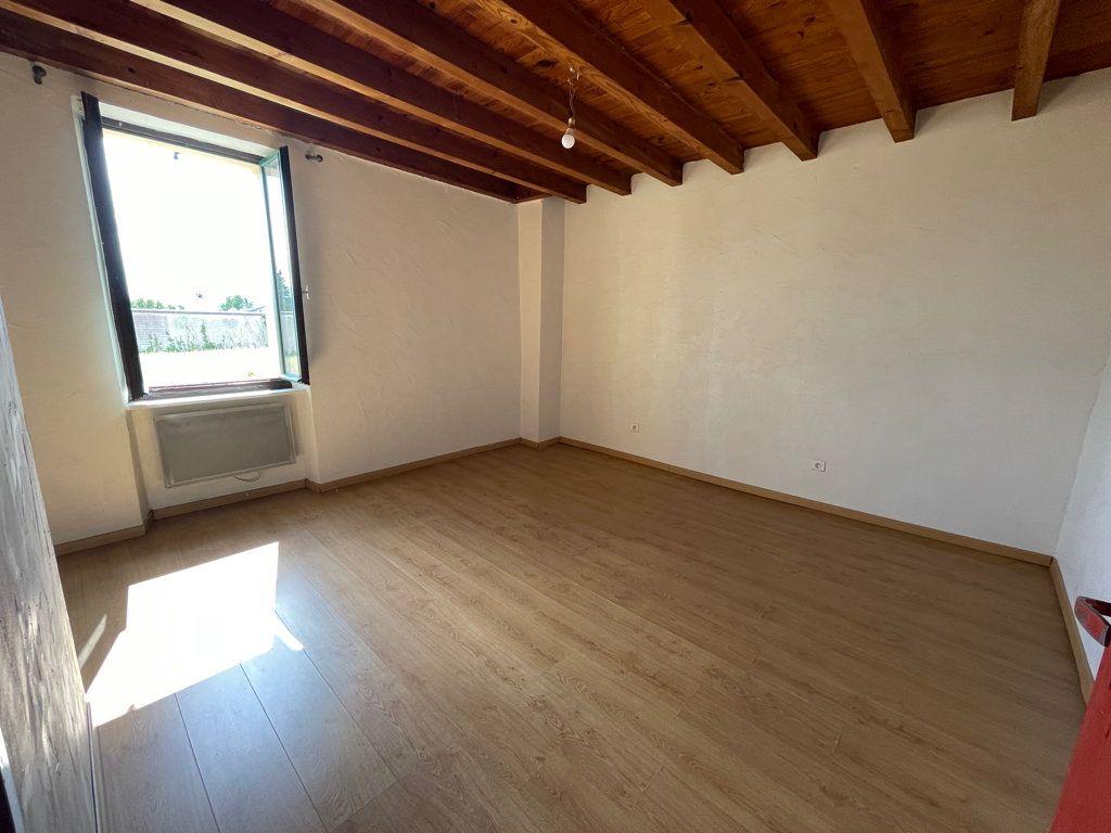 Maison à louer 5 141m2 à Peyrens vignette-6