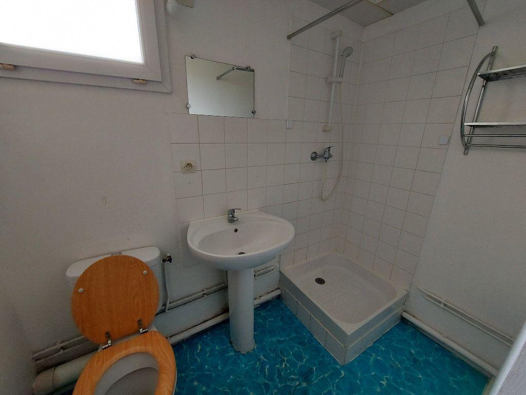 Appartement à louer 1 21.94m2 à Melun vignette-3