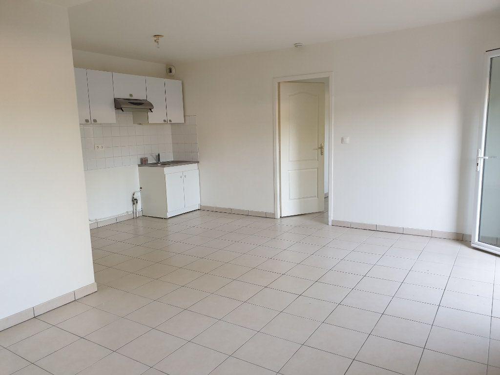 Appartement à louer 2 43m2 à Melun vignette-1