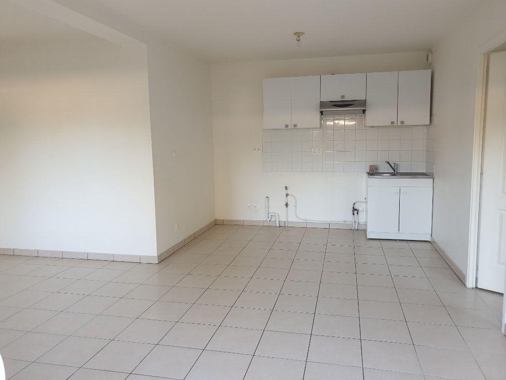 Appartement à louer 2 43m2 à Melun vignette-2