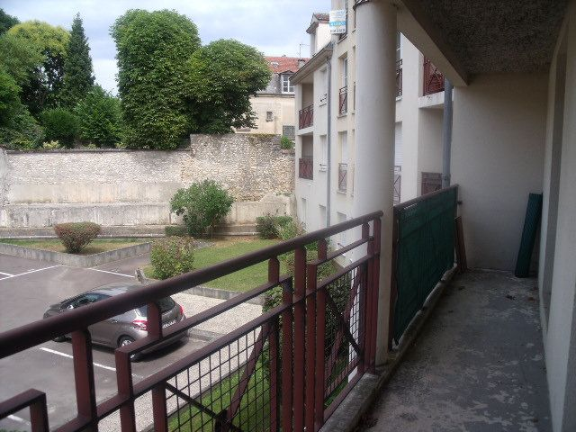 Appartement à louer 5 127.58m2 à Melun vignette-9