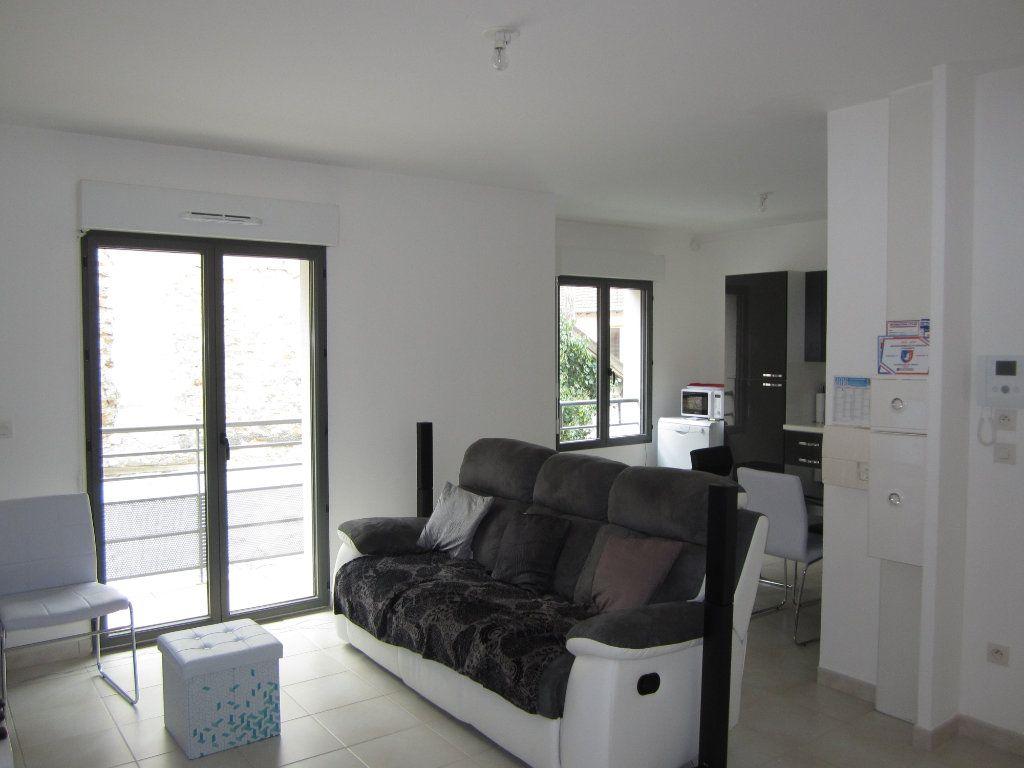 Appartement à vendre 3 62.5m2 à Melun vignette-2