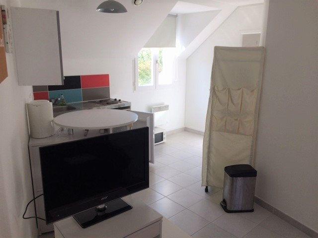 Appartement à louer 1 19.98m2 à Melun vignette-2