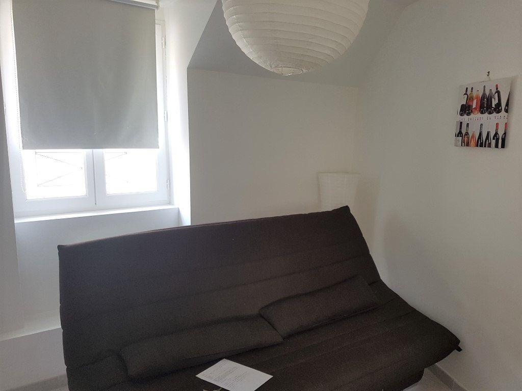 Appartement à louer 1 19.98m2 à Melun vignette-3