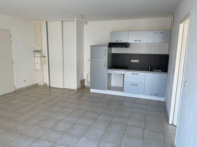 Appartement à vendre 2 45m2 à Melun vignette-5