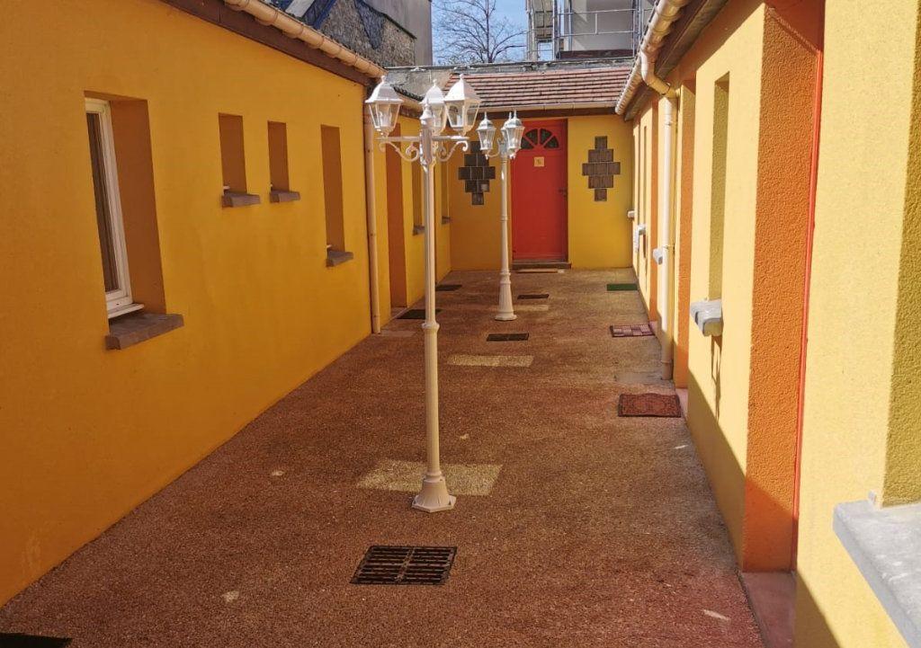 Appartement à louer 1 15.26m2 à Dammarie-les-Lys vignette-3