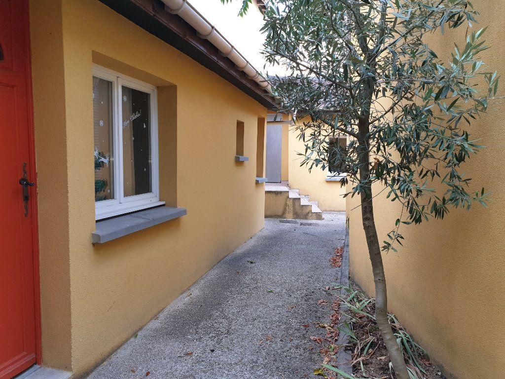 Appartement à louer 1 15.26m2 à Dammarie-les-Lys vignette-4