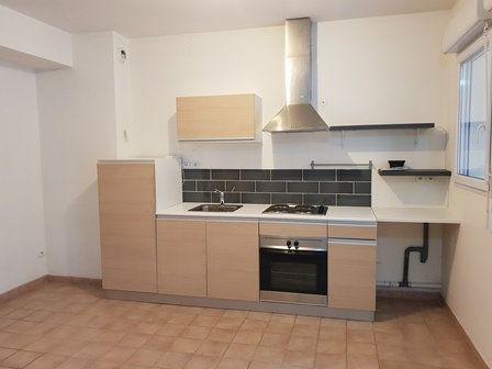 Appartement à louer 3 60m2 à Melun vignette-2
