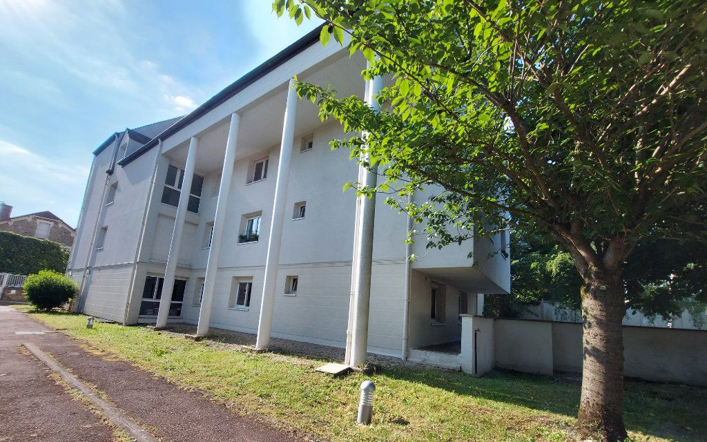 Appartement à louer 1 28.1m2 à Melun vignette-1