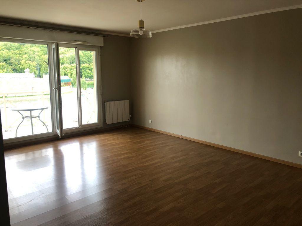 Appartement à vendre 4 89.22m2 à Melun vignette-4