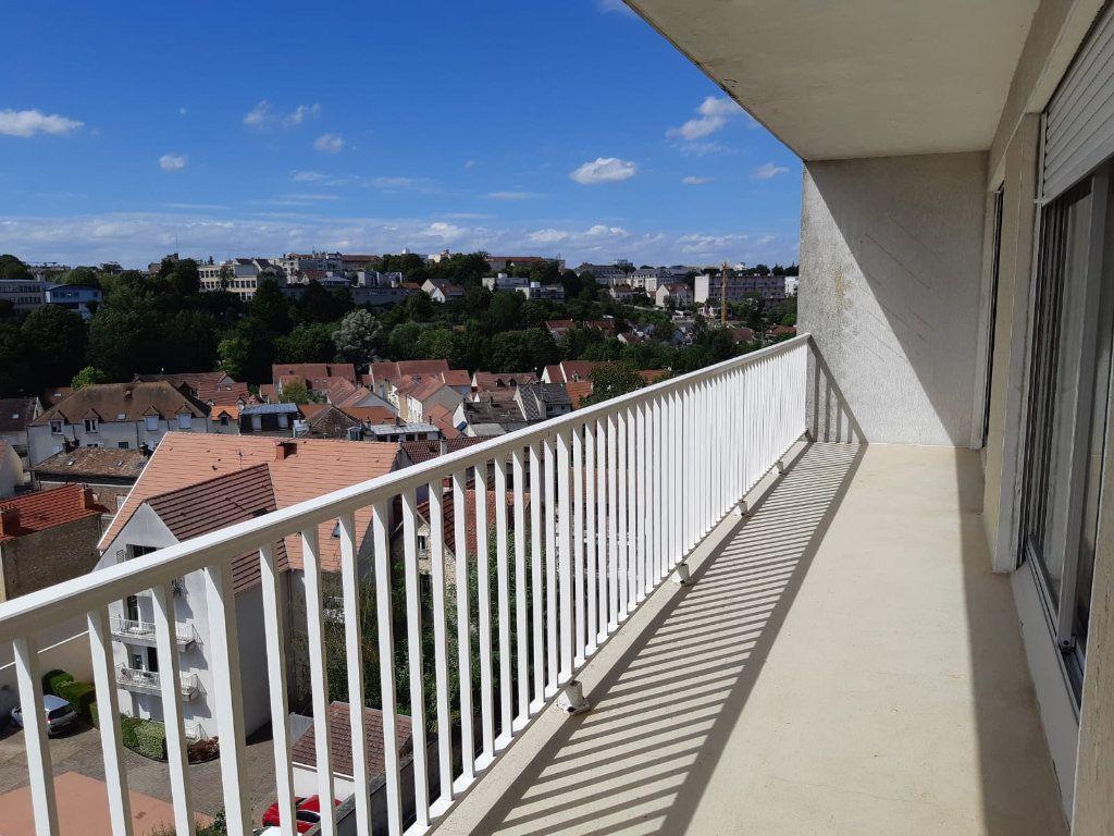 Appartement à louer 3 61.32m2 à Melun vignette-7