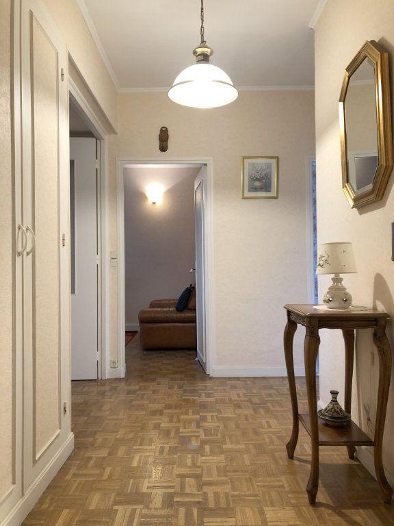 Appartement à vendre 4 66.5m2 à Saint-Fargeau-Ponthierry vignette-2