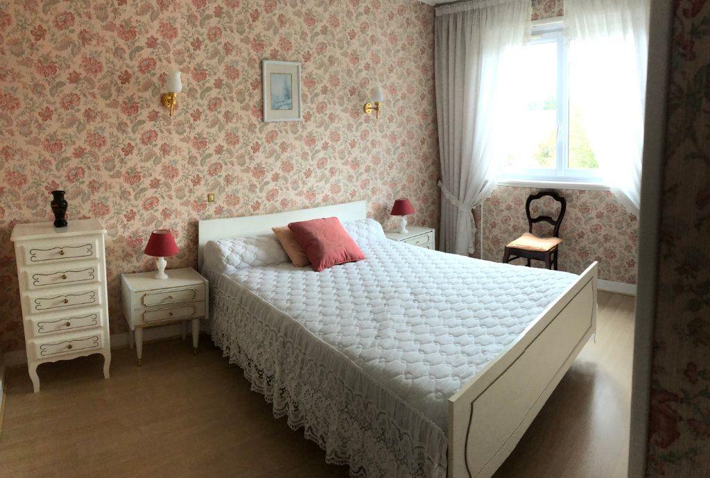 Appartement à vendre 4 66.5m2 à Saint-Fargeau-Ponthierry vignette-7