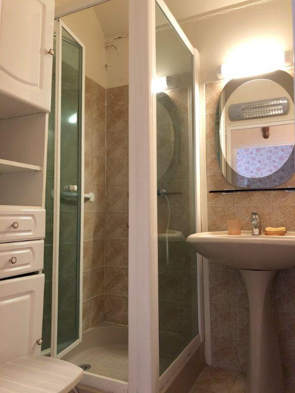 Appartement à vendre 4 66.5m2 à Saint-Fargeau-Ponthierry vignette-8