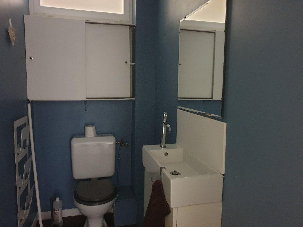 Appartement à louer 3 68.16m2 à Melun vignette-8