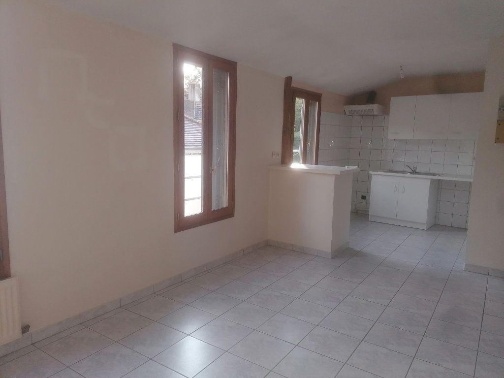 Appartement à louer 2 33.21m2 à Melun vignette-1