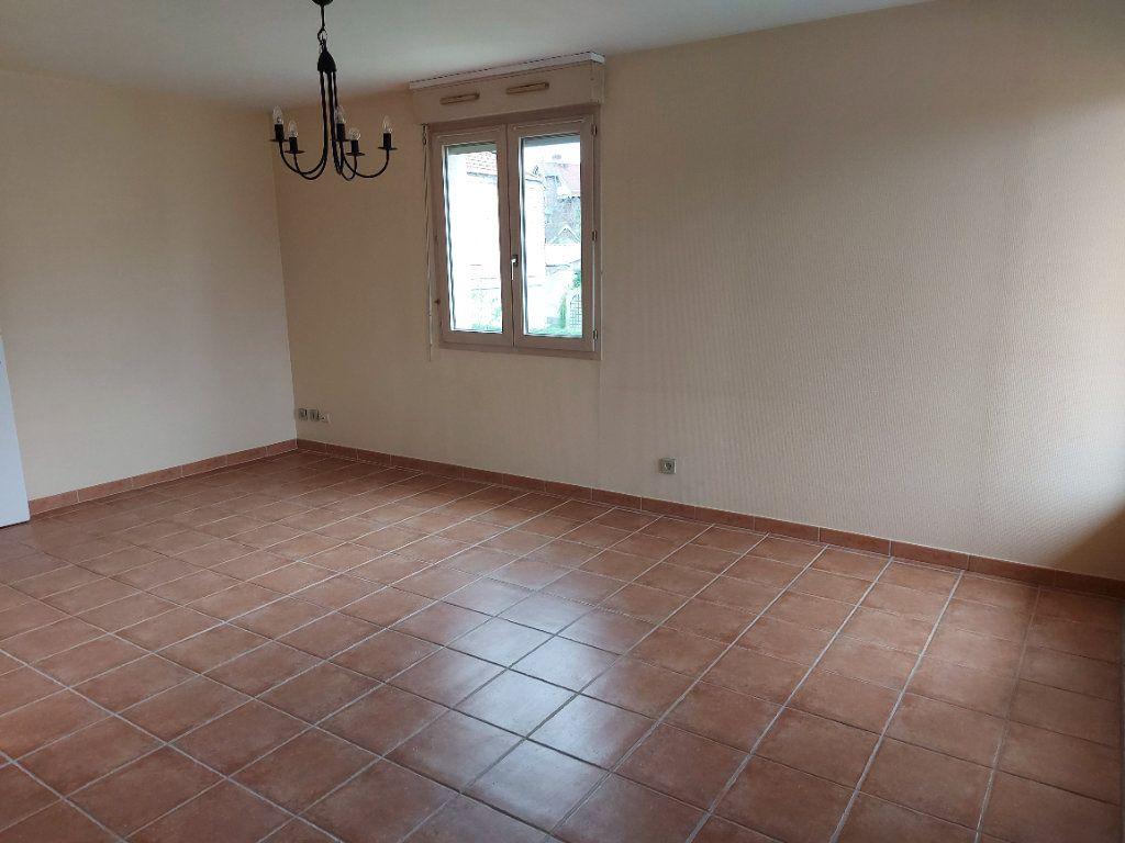 Appartement à louer 2 46.15m2 à Dammarie-les-Lys vignette-3