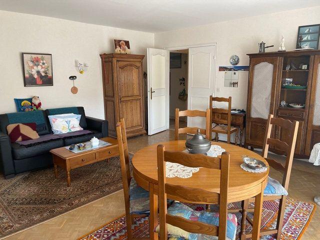 Appartement à vendre 5 109m2 à Melun vignette-3